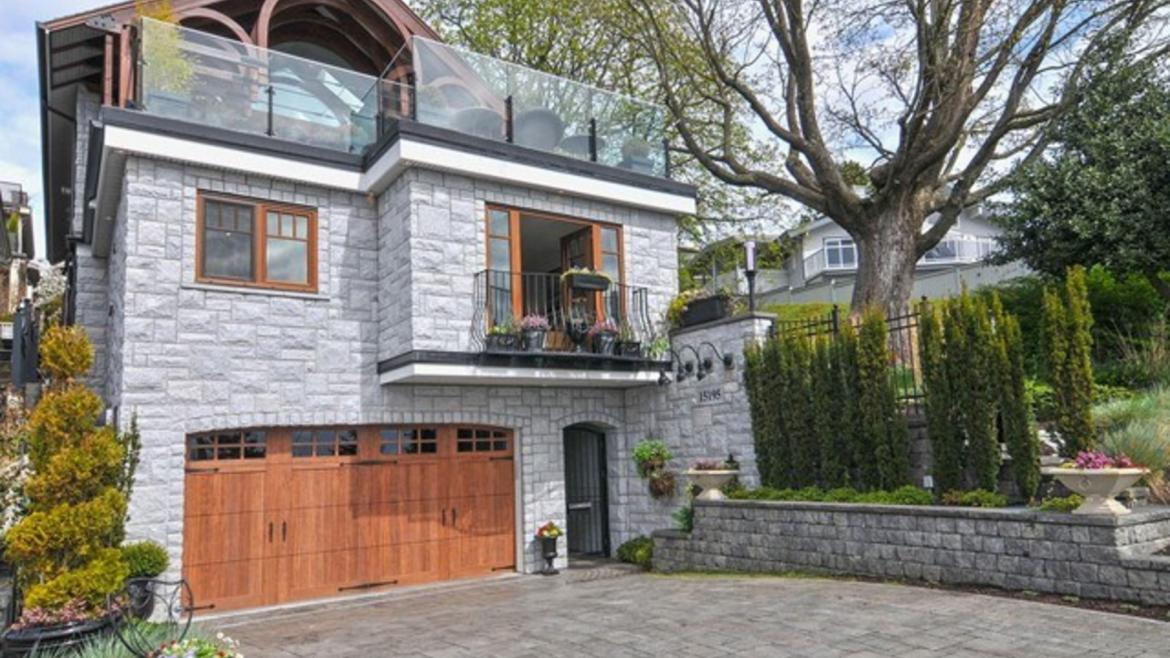 15195 Victoria Avenue, White Rock, South Surrey White Rock