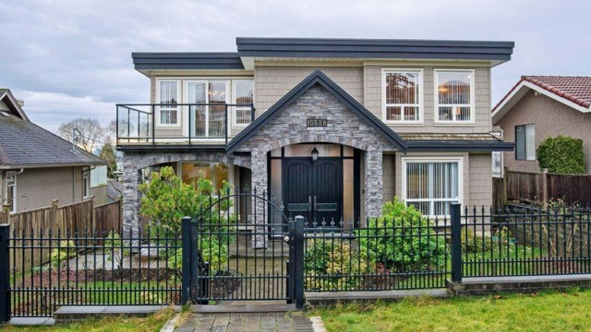 15528 Cliff Avenue, White Rock, South Surrey White Rock