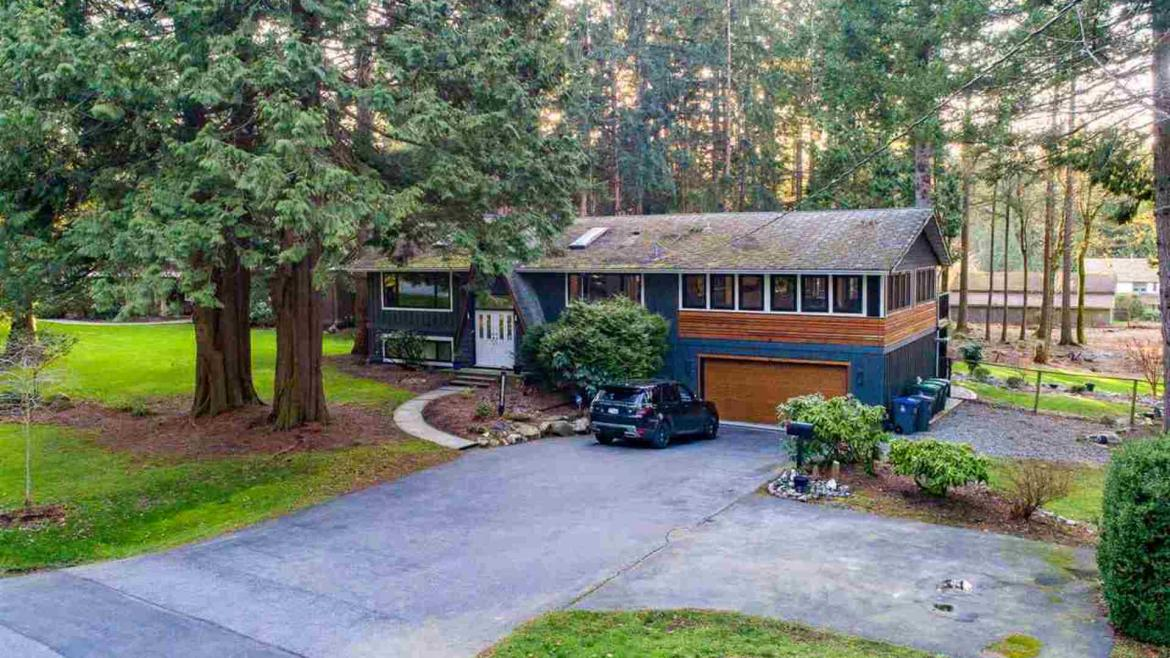 2737 134 Street, Elgin Chantrell, South Surrey White Rock